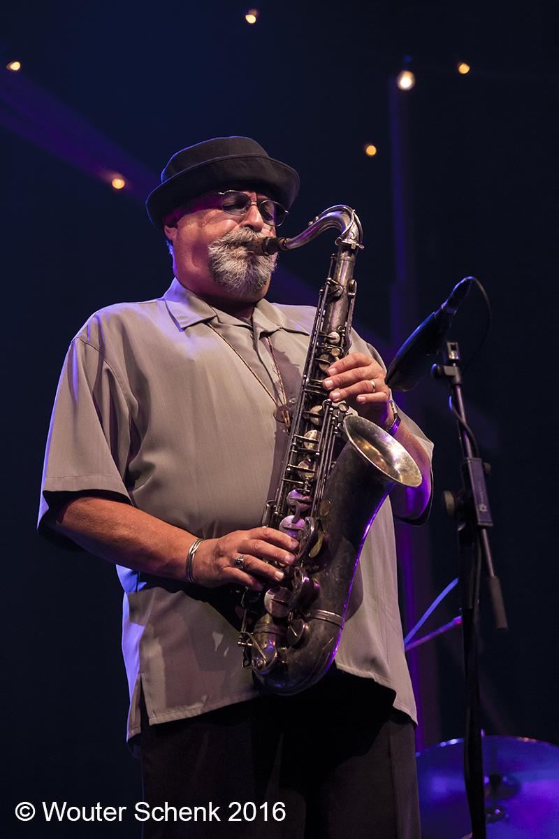 Jazz Maastricht Verkleint Opzet Met 3 Topacts Written In