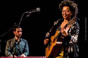 Sara Tavares met Diogo Santos