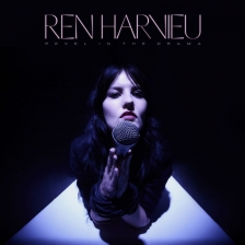 Ren Harvieu-Revel In The Dark